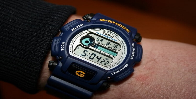 dong ho G-Shock DW-9052-2VHDR