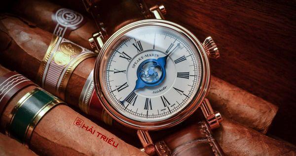 Họ đã làm kim thép xanh của đồng hồ như thế nào kim thép xanh
