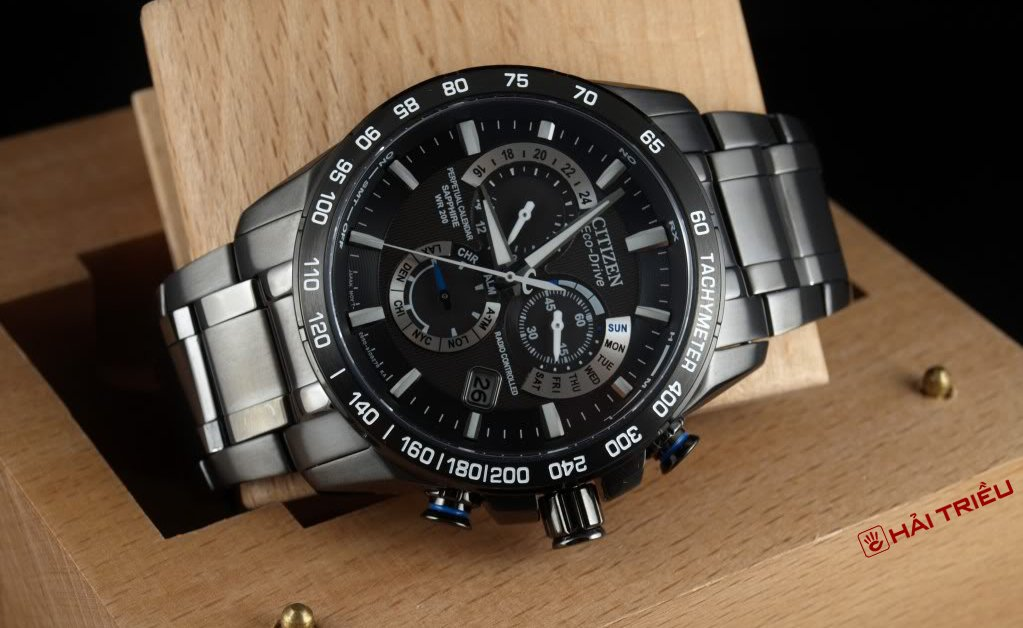 Cach Chinh Dong Ho Citizen Eco Drive Lich Van Nien