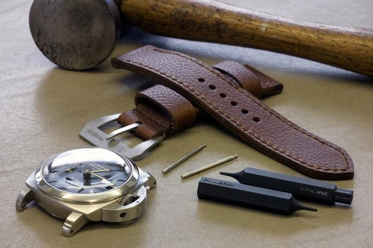 Đồng hồ nổi tiếng thế giới phối với dây da Hirsch bán chạy - Ảnh: 1