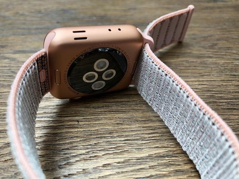 Hướng dẫn thay dây đồng hồ Apple Watch nhanh trong 30 giây - Ảnh: 7